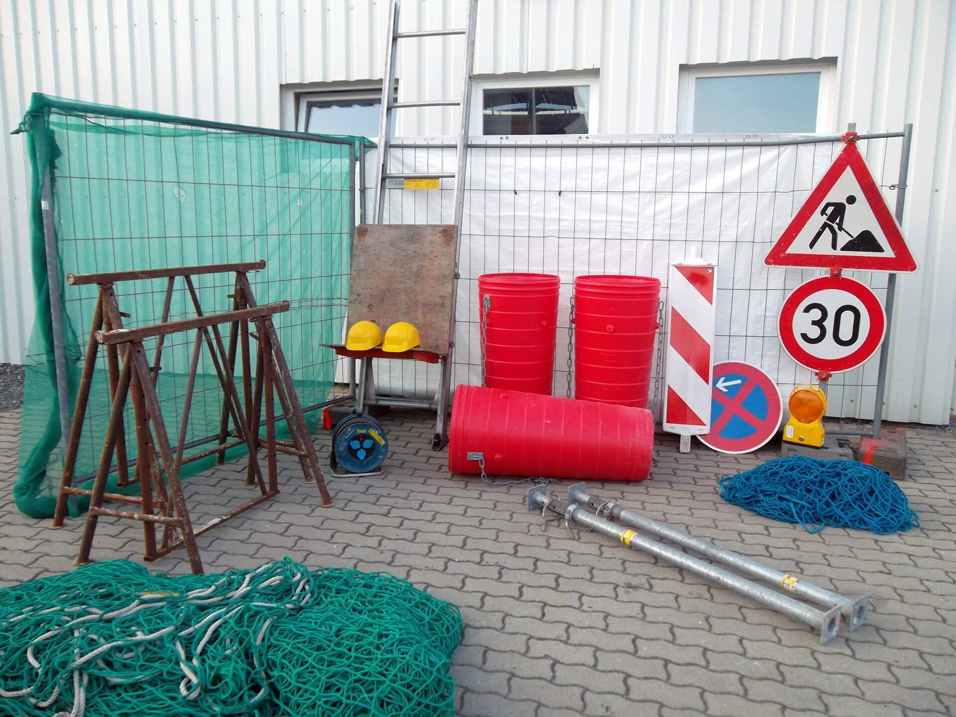Baustellenzubehör mieten bei Helmut Kirsch GmbH